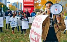 安省College院校教师罢工还在继续!学生示威要求退学费