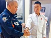 多伦多华裔警官教中国留学生预防电骗绑架 几招可防身
