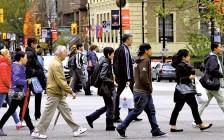 加拿大人口增长率近30年来最高 国际移民有助应对老龄化