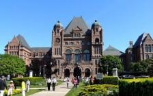 加拿大大学录取的标准与条件
