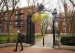 新冠病毒颠覆美国大学教育的商业模式