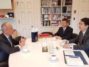 中国驻多伦多总领馆何炜总领事会晤多伦多大学校长戈特勒