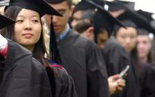 """从""""留学热""""到""""海归潮"""",中国学生选择了什么?"""