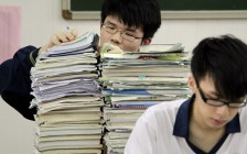 国内高二以上的学生留学加拿大,该如何选择学校?