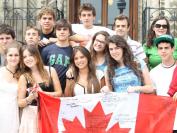 中国上层精英纷纷把孩子送到加拿大 背后原因竟是…