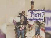 美国首都华盛顿高中啦啦队长邀请残疾同学为舞伴 引起网友轰动