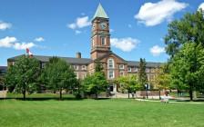 多伦多顶级男子私校Upper Canada College封校 12个学生确诊