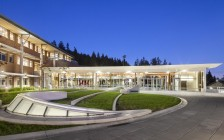 加拿大温哥华地区有哪些提供IB课程的公立学校和私立学校?
