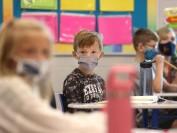 温哥华所有学校K-G3年级学生将被要求戴口罩!