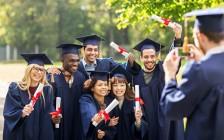 加拿大年轻人受教育程度有史以来最高