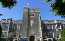 多伦多私立女校Bishop Strachan School 上演莎翁戏剧含反犹主义 新任校长被开除