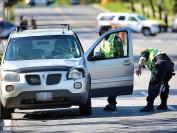 多伦多士嘉堡13岁女学生过马路 被64岁女司机撞至命危