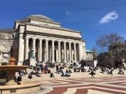 美国哥伦比亚大学因疫情停课2天 全美多所大学停课或线上教学