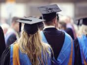 「加拿大 2020 年大学商学院排行榜」UBC 大学的商业管理专业再次获得了全加拿大排名第一的荣誉!